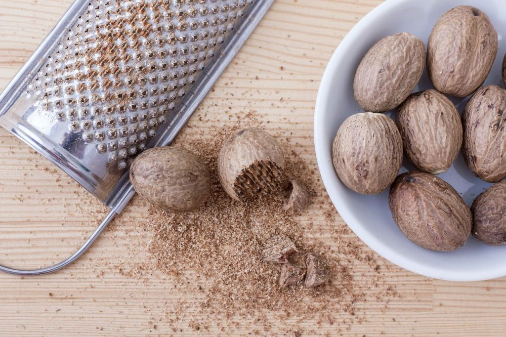 can dogs eat nutmeg