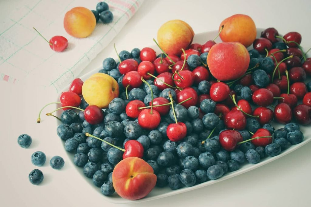 What fruit can dogs eat